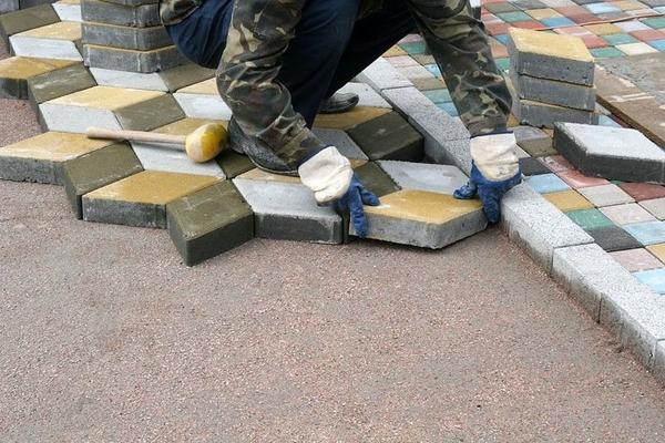 Укладка тротуарной плитки в Слуцке и Минске от 50м2 3